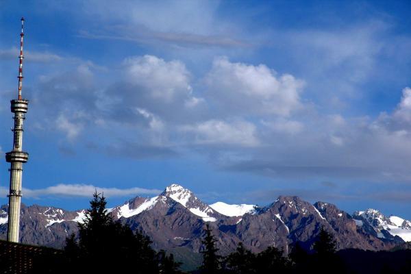 Mount Kok-Tyube photo