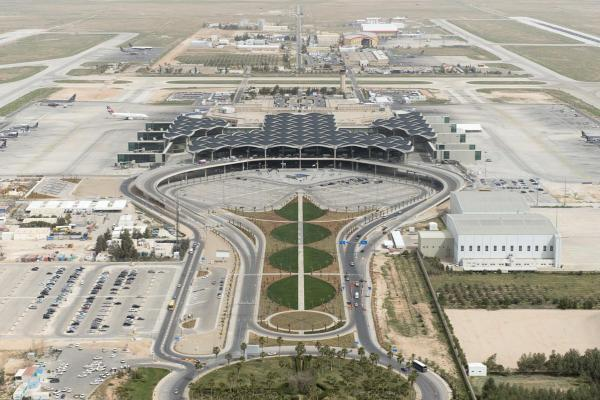 Аэропорт Аммана имени Королевы Алии фото
