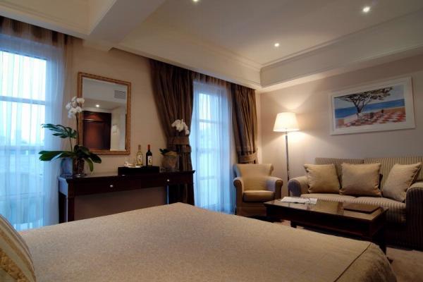 Hera Hotel photo