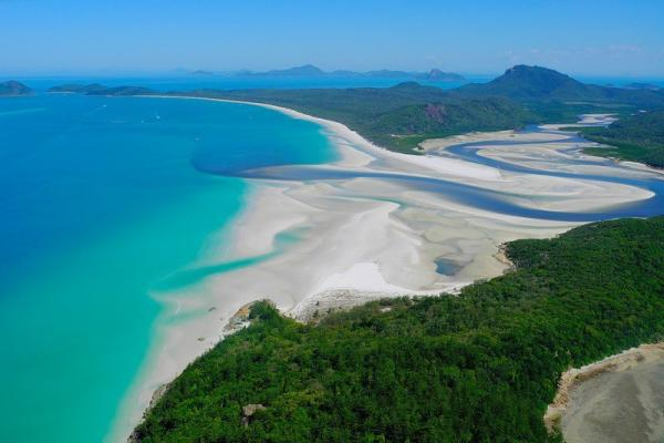 Whitsunday Island photo