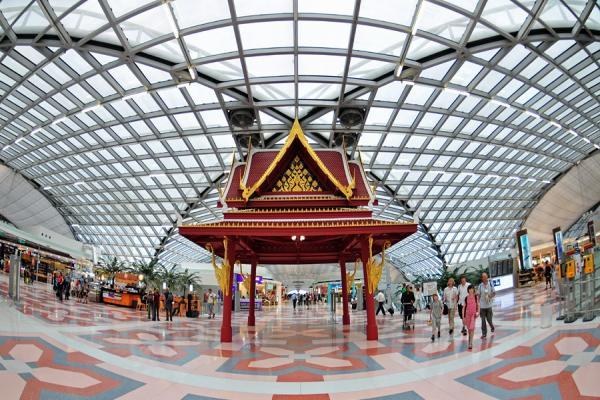 Аэропорт Бангкока Суварнабхуми фото