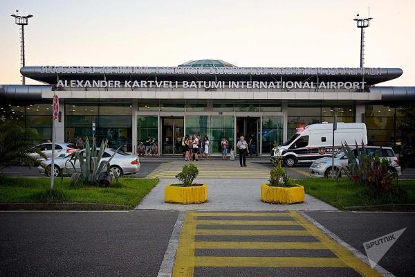 Аэропорт Батуми имени Александра Картвелишвили фото