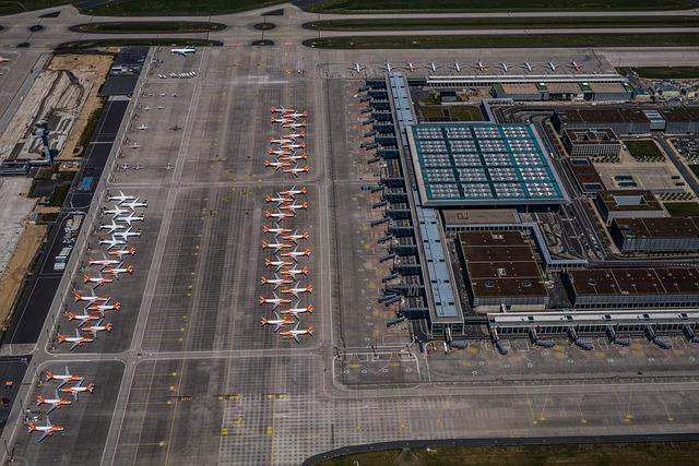 Аэропорт Берлин-Бранденбург фото