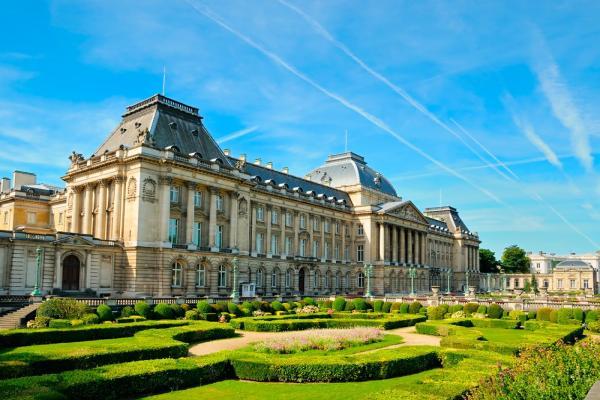 Королевский дворец фото