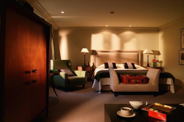 Hotel Amigo фото