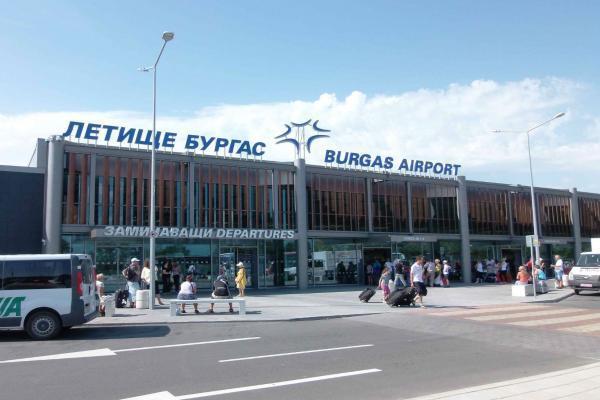 Аэропорт Бургаса фото