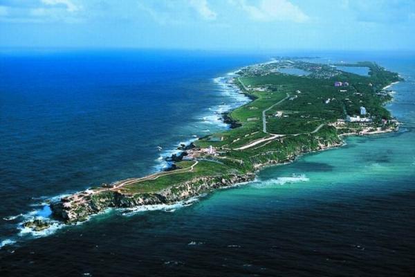 Women Island photo