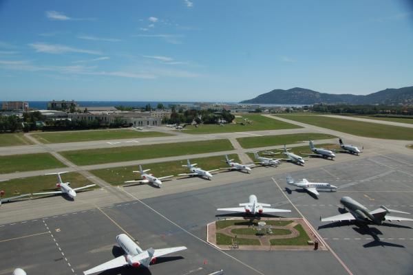Аэропорт Ниццы фото