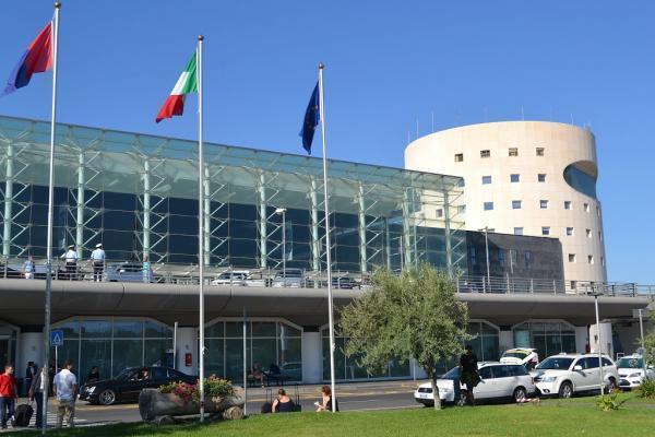 Аэропорт Катании Фонтанаросса фото