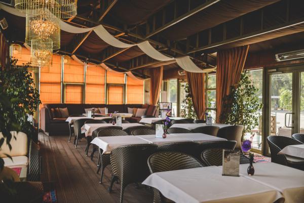 Coast Restaurant & Lounge photo