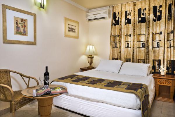 Melony Hotel фото