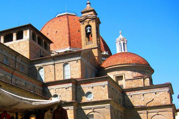 Базилика Сан-Лоренцо фото