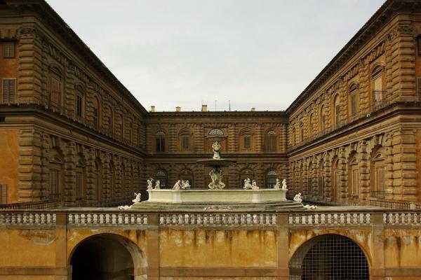 Палаццо-Питти фото