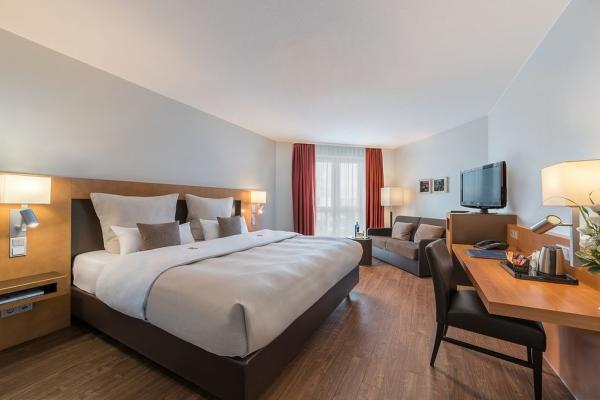 BEST WESTERN Premier IB Hotel Friedberger Warte photo