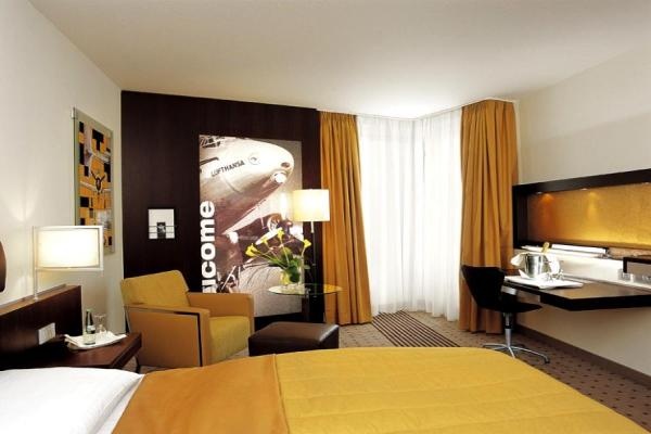 Dorint Hotel Frankfurt-Niederrad photo