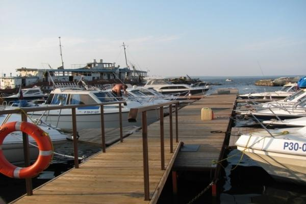 "Yacht port ""Golden Sands"" photo"