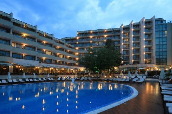Edelweiss Hotel photo