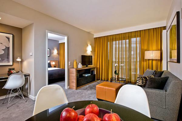 Adina Apartment Hotel Hamburg Michel фото