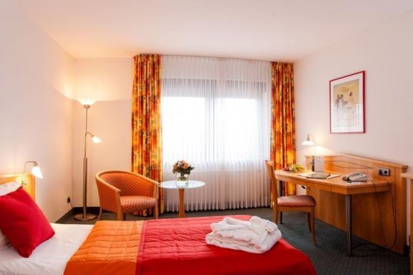 Hotel Panorama Hamburg Billstedt фото