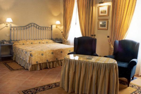 Hotel Cortijo de la Reina photo