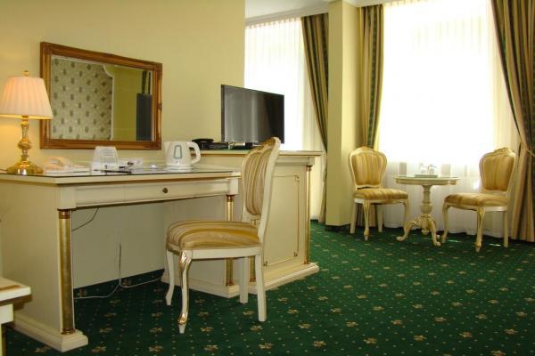 Hotel Saint Petersburg фото