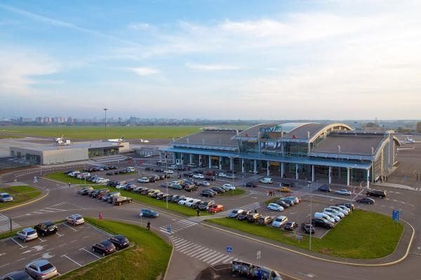 Аэропорт Киева Жуляны фото