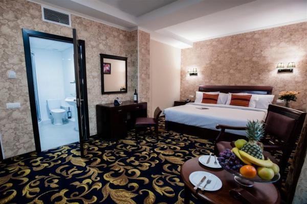 Aria Hotel photo