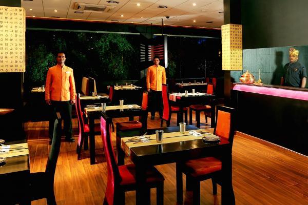 Chutneys At Cinnamon Grand Colombo фото