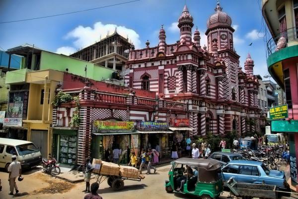 Jamul Alfar Mosque in Colombo photo