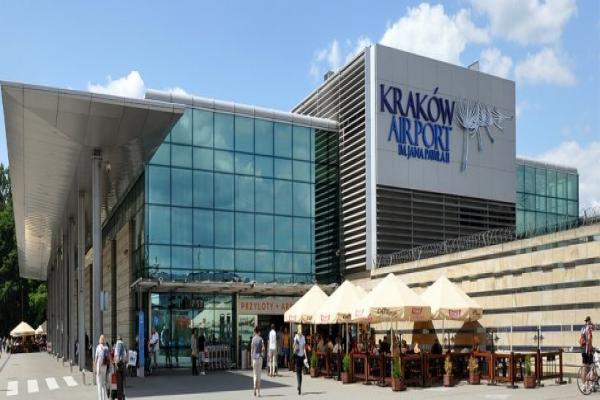 Аэропорт Краков-Балице имени Иоанна Павла II фото