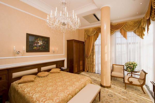 Aton Hotel photo