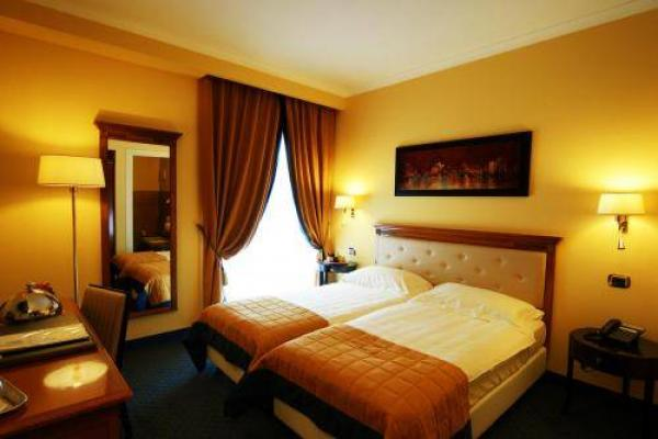 Bram Hotel photo