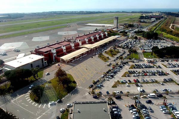 Аэропорт Ламеции-Терме фото