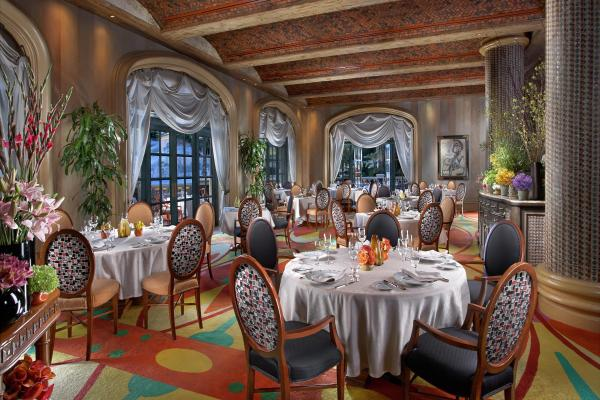Picasso restaurant photo