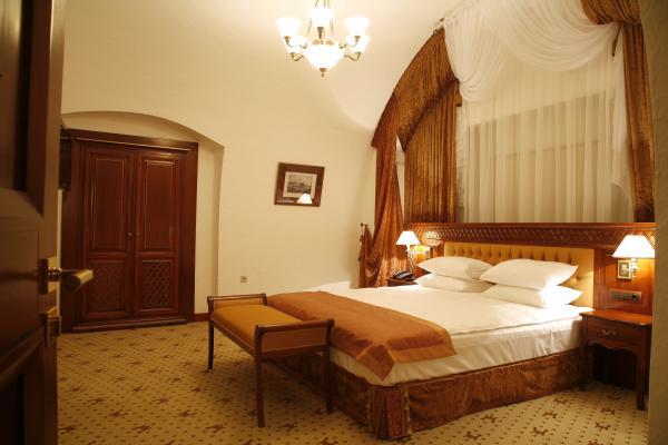 Citadel Inn Hotel & Resort photo