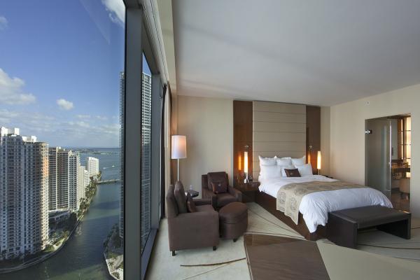 Номер в отеле JW Marriott Marquis Miami фото