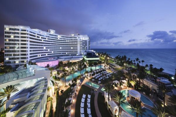Fontainebleau Miami Beach фото