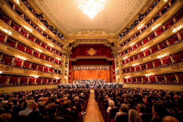 La Scala photo
