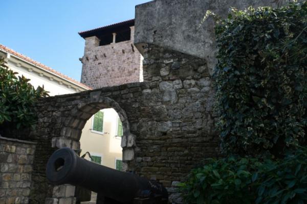 Дворец Буча фото