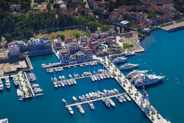 Яхт-клуб Porto Montenegro фото