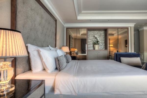 La Roche Hotel фото