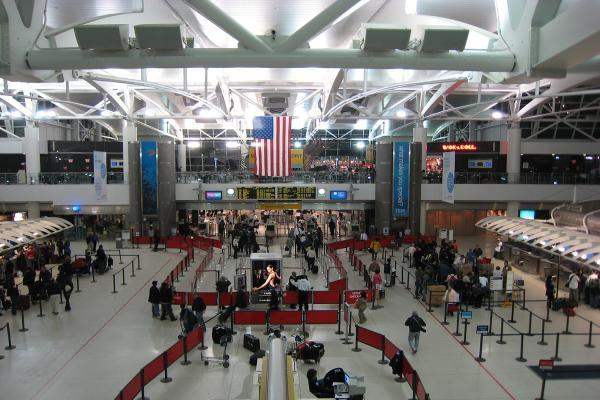 Аэропорт Нью-Йорка имени Джона Кеннеди фото