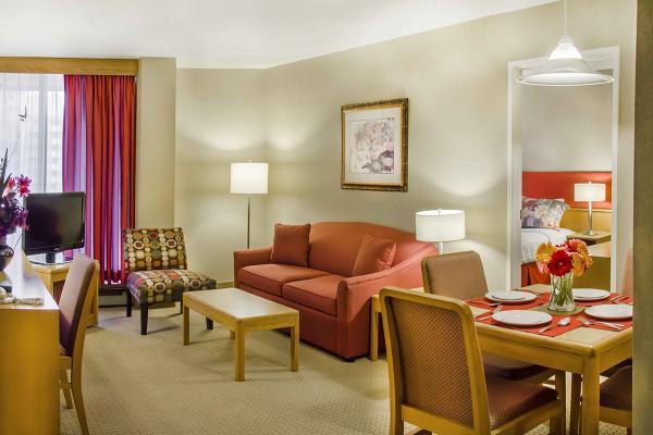 Отель Cartier Place Suite Hotel фото