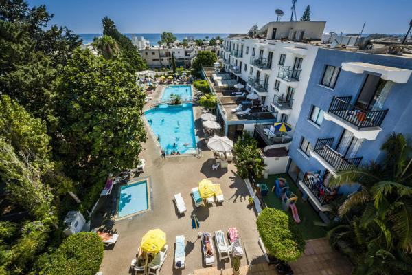 Anemi Hotel Apartments photo