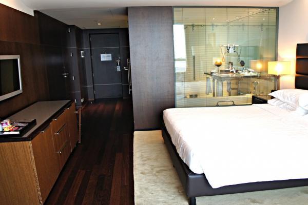 Sheraton Porto Hotel & Spa фото