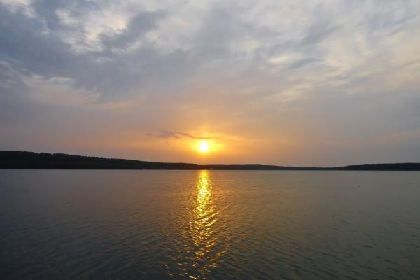 Озеро Тамбукан фото