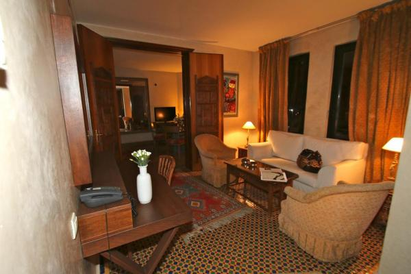Soundouss Hotel photo