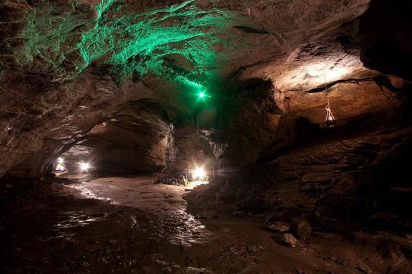 Ahshtyrskaya cave photo