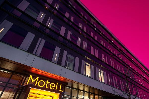 Motel L фото