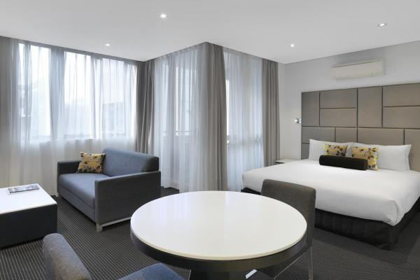 Meriton Serviced Apartments Zetland photo